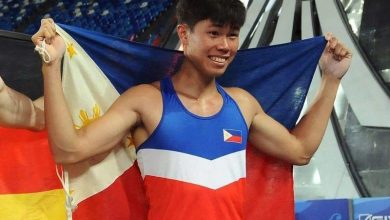Photo of Filipino pole vaulter qualifies for Tokyo Olympics