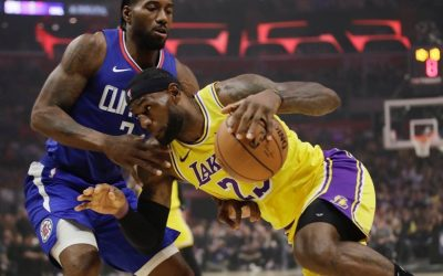 Leonard helps Clippers beat Lakers in NBA opener