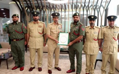 Two Dubai policemen honored for recovering stolen car in less than 1 hour