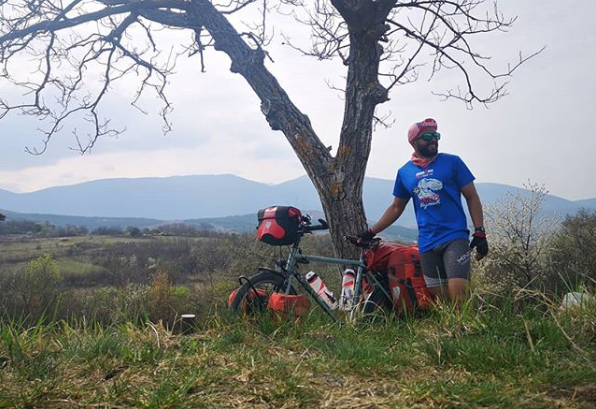 Filipino-British cyclist completes 14,000 kilometer journey