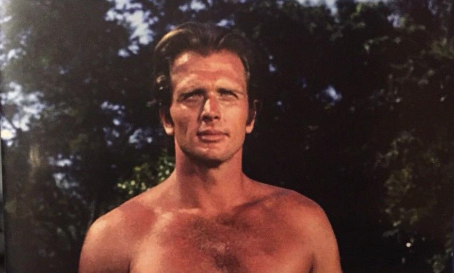 """""""Tarzan"""" actor's wife stabbed to death by son"""