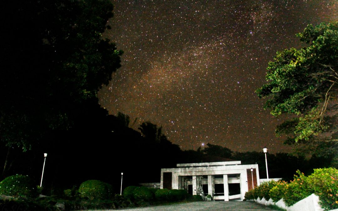 UP student captures starry night sky in Iloilo