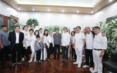 Duterte visits wake of Elizabeth Gokongwei