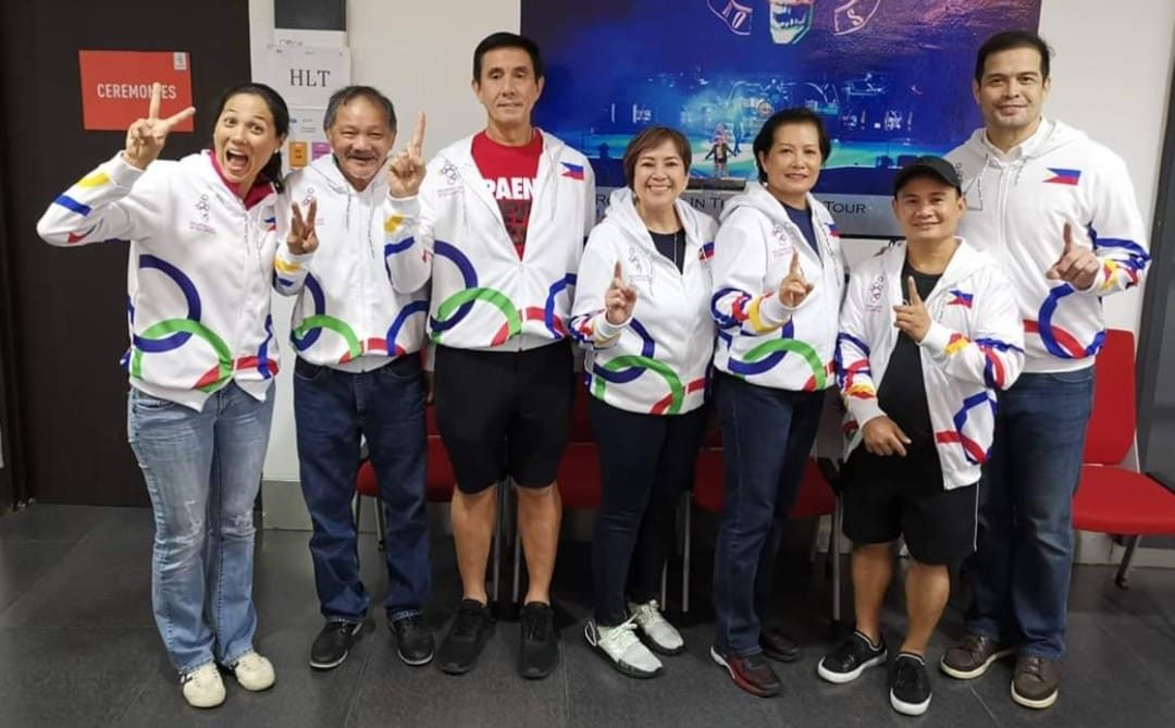 LOOK: Pinoy sports legends pose in one photo