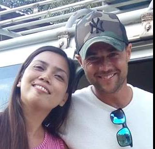 Viral: A1's Ben Adams sings with Pinay in a Palawan carinderia