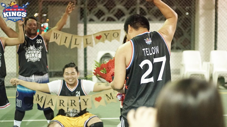 WATCH: OFW couple in Dubai gets engaged during a basketball game