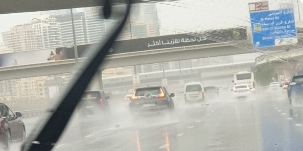 Dubai reports close to 2,000 road mishaps in two days
