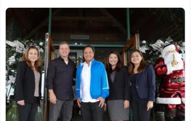 Hollywood actor Matt Damon spotted chilling in Tagaytay
