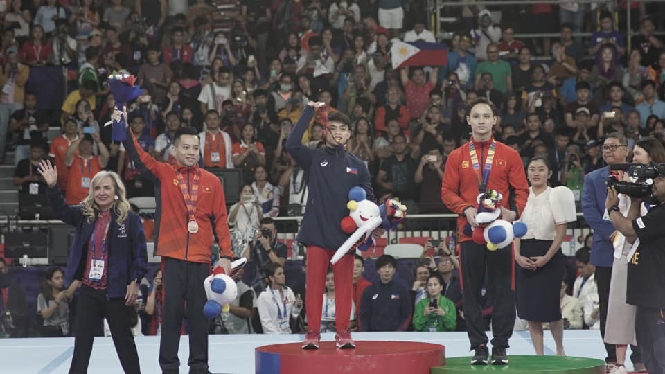 Carlos Yulo bags first SEA Games gold for gymnastics