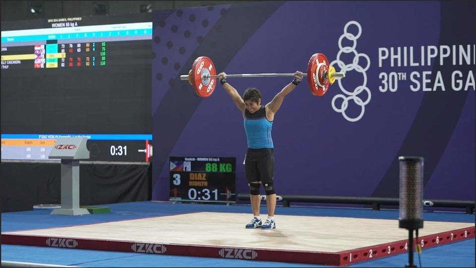 Filipina weightlifter Hidilyn Diaz wins gold in SEA Games 2019