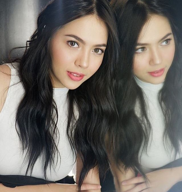 Julia Montes shows support for Coco Martin's MMFF movie