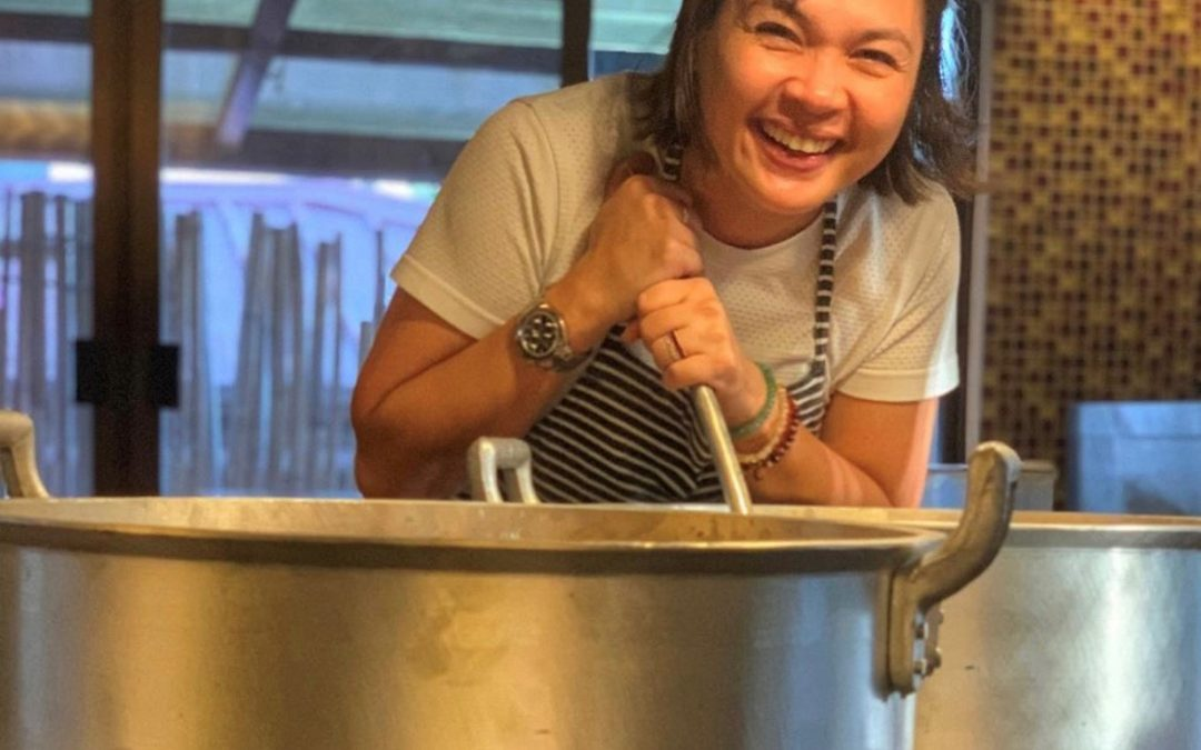 LOOK: Judy Ann Santos cooks 1000 hot meals for Taal Volcano evacuees