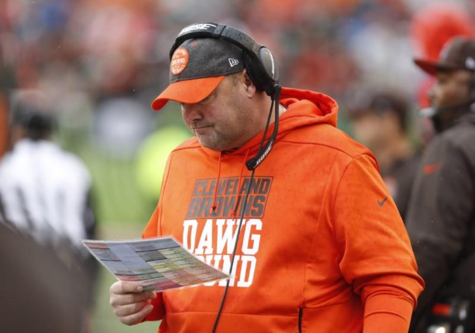 Cleveland Browns fire head coach Kitchens after 6-10 season