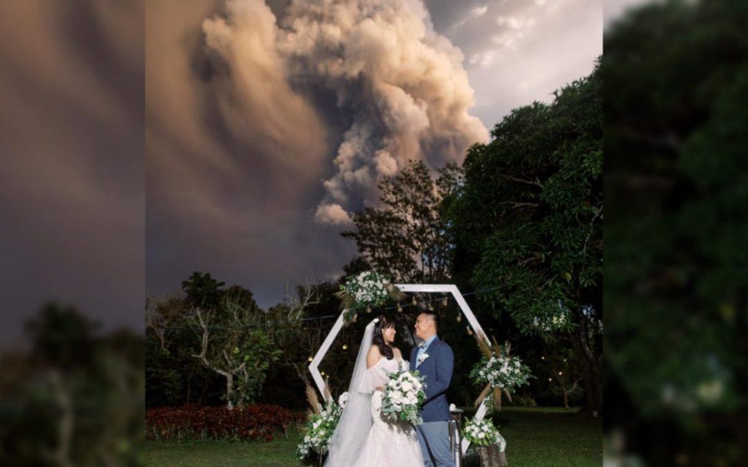 'Tuloy ang Kasal': Taal volcano explosion serves as wedding backdrop