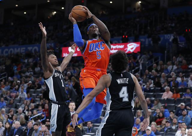 Thunder claims home victory against Spurs 131-103