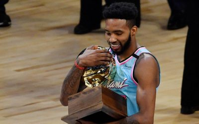 Derrick Jones Jr. wins NBA slam dunk contest in controversial finish