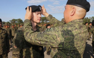 Singer Ronnie Liang joins Philippine Army