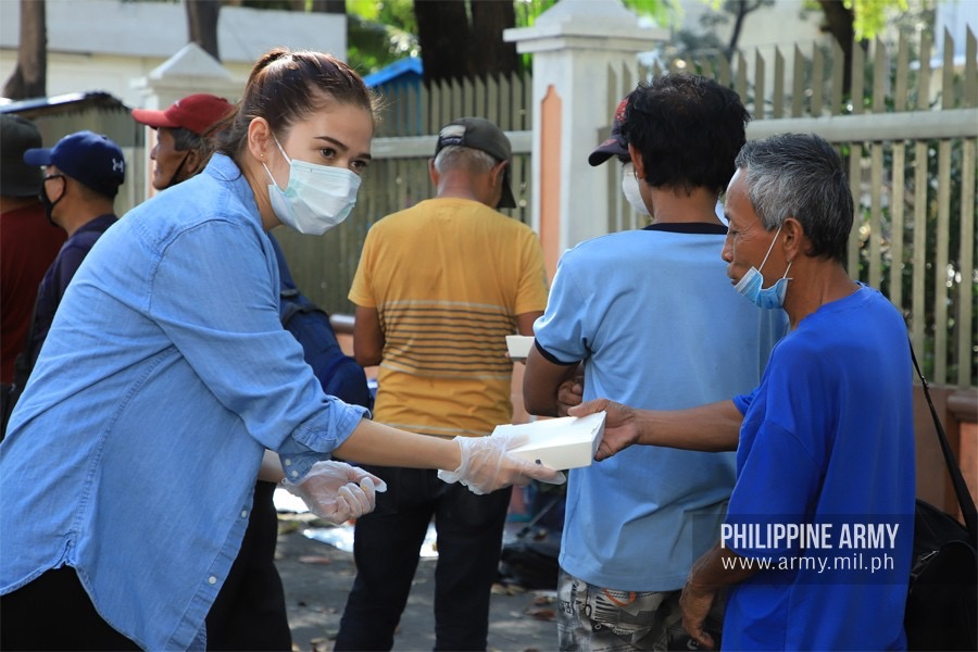 Bela Padilla extends help to quarantine-affected vendors, exceeds fundraising goal