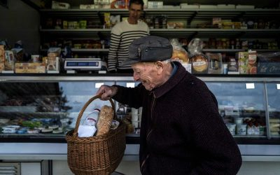 IN PHOTOS: Grocery seller in France delivers essentials to elderly via his mobile store
