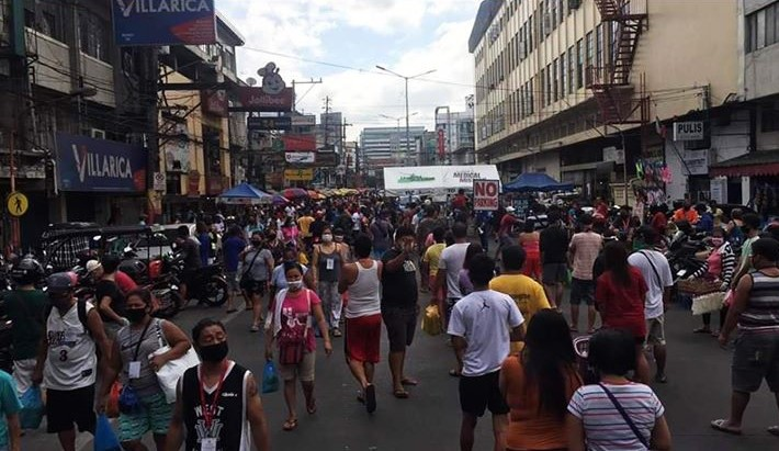 Window hours for only grocery, markets in PH further create congestion — IATF