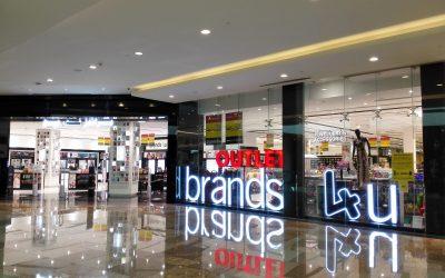 Shop at Brands4u and get free masks