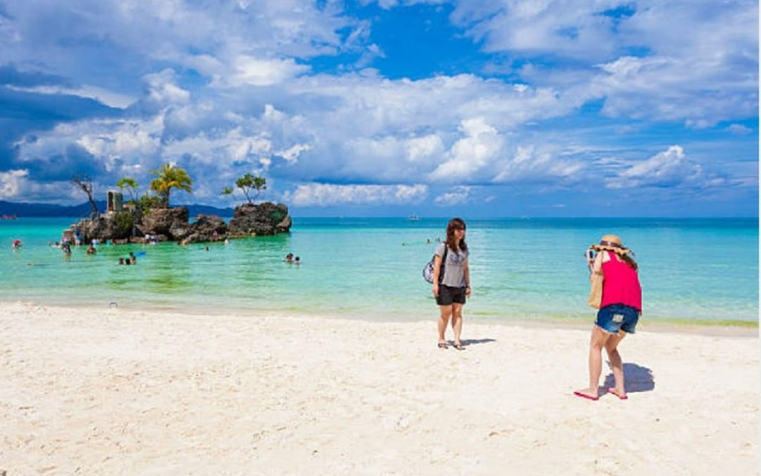 300 tourists from South Korea remain stranded in Boracay