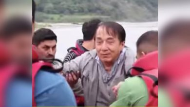 Photo of Jackie Chan almost drowns, disappears underwater for 45 secs while filming