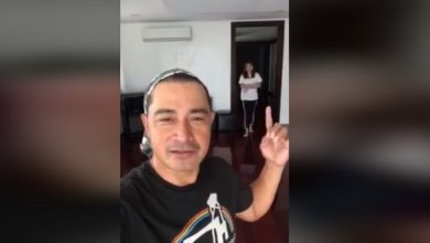Photo of Cesar Montano introduces mystery woman in 2018 viral greeting video