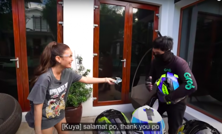 Photo of Ivana surprisesriders with new helmets, PHP10K cash
